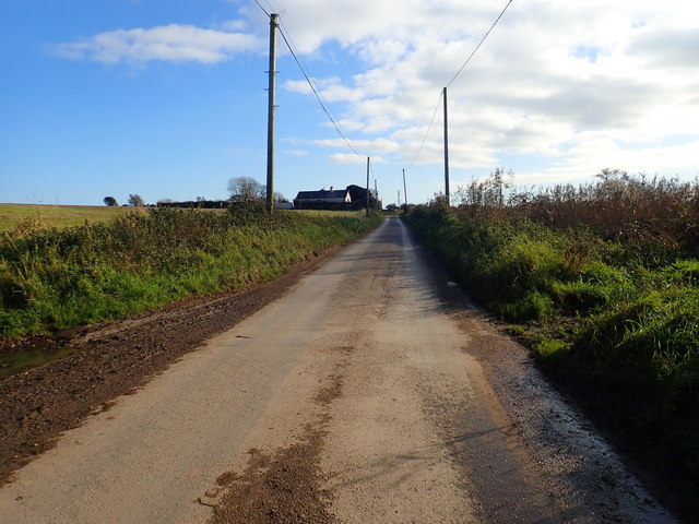 View south-eastwards along a muddy section of Templetown Road
