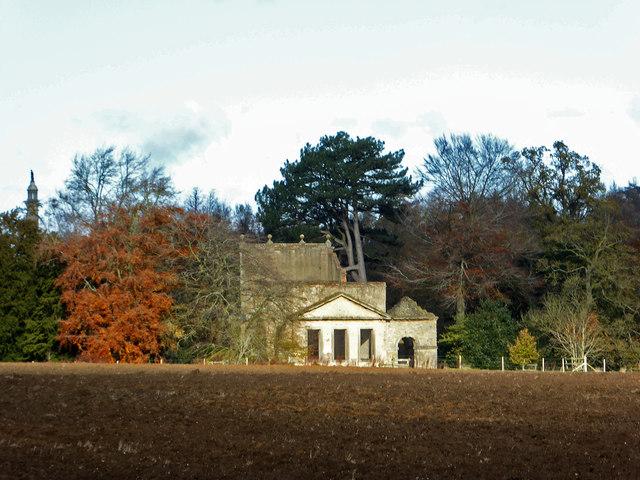 Stowe Landscape Gardens - Temple of Friendship