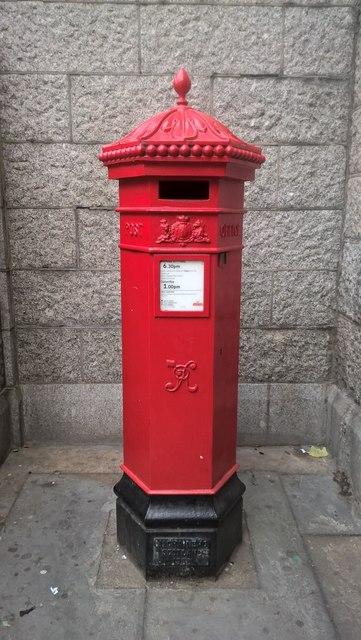VR postbox at Tower Bridge