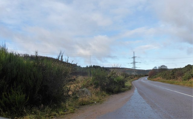 Start of A957 ascent to Craigs of the Slugs