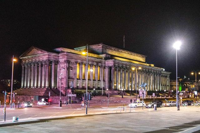 St George's Hall, Liverpool at night