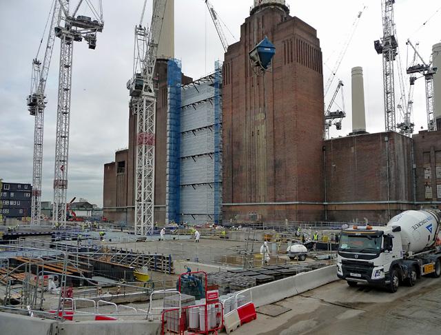 Battersea Power Station development, Chelsea Bridge (1)