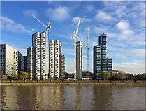 TQ3078 : Development, Albert Embankment (2) by Stephen Richards