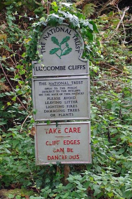 Luccome Cliffs Sign