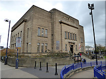SE1416 : Huddersfield Library and Art Gallery by Chris Allen