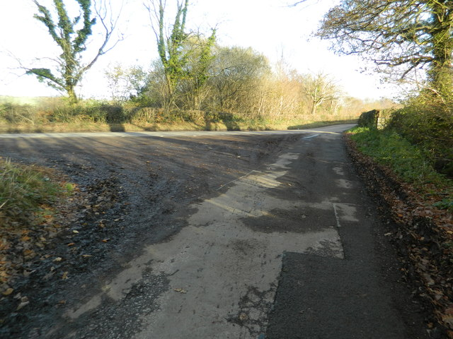 Junction of lane with the road from Llantrisant to Tonyrefail