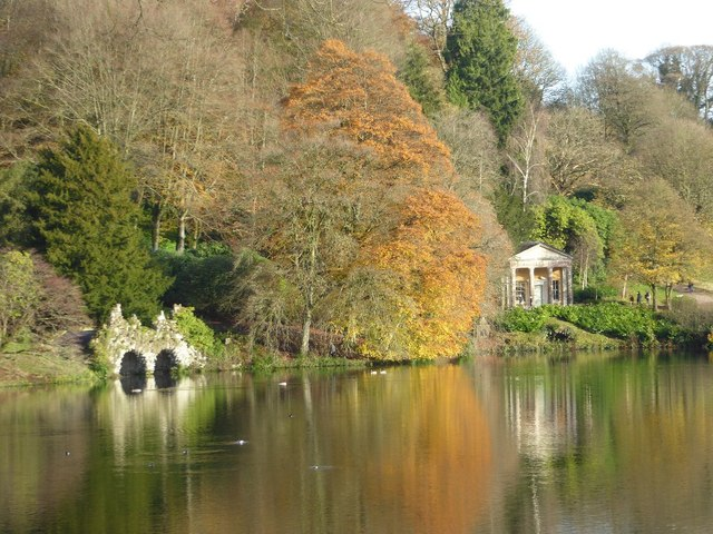 The Boathouse and Temple of Flora