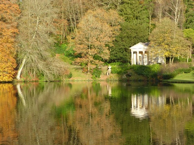 Temple of Flora and Garden Lake