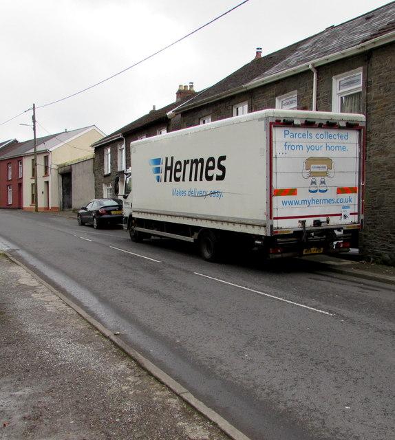 Hermes lorry, Edmondstown Road, Edmondstown