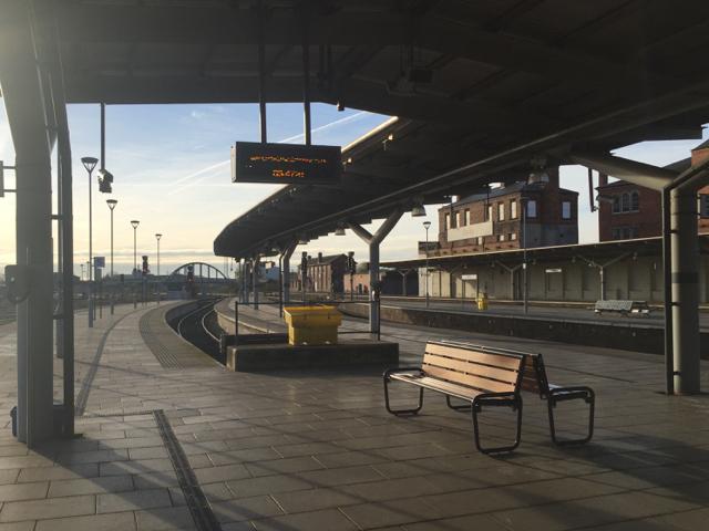 Platform 5, Derby station
