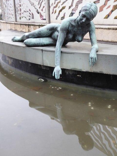 Statue of Hebe