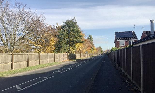 East on Fields Farm Road, Long Eaton