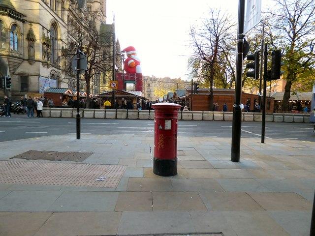 Victorian Postbox (M2 19D)