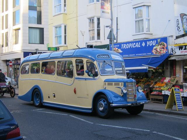Classic bus, London Road