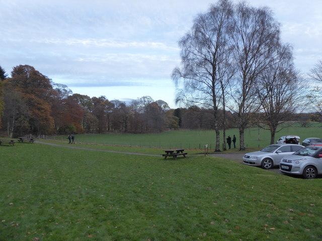 Path from Crathes Castle car park to Denwood Belt