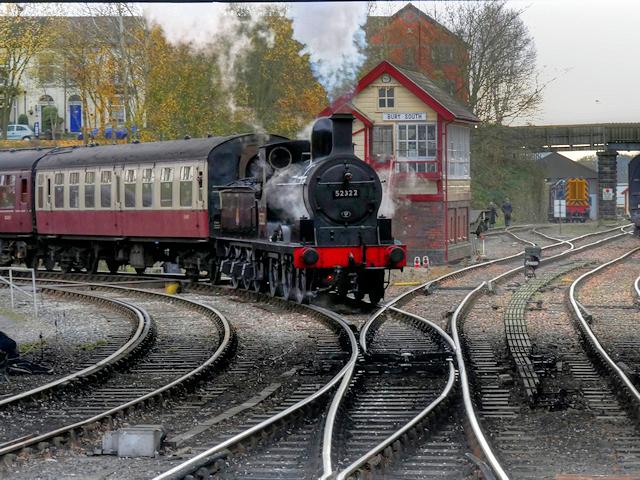 52322 at Bury South