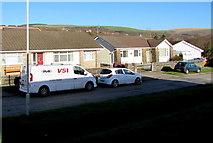 SS9086 : Heol Bradford bungalows, Bettws by Jaggery