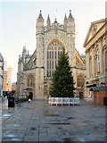 ST7564 : Bath Abbey with Christmas Tree by Roy Hughes
