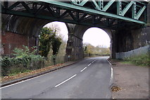 TL1217 : B653 Lower Harpenden Road at Chiltern Green Viaduct by Adrian Cable
