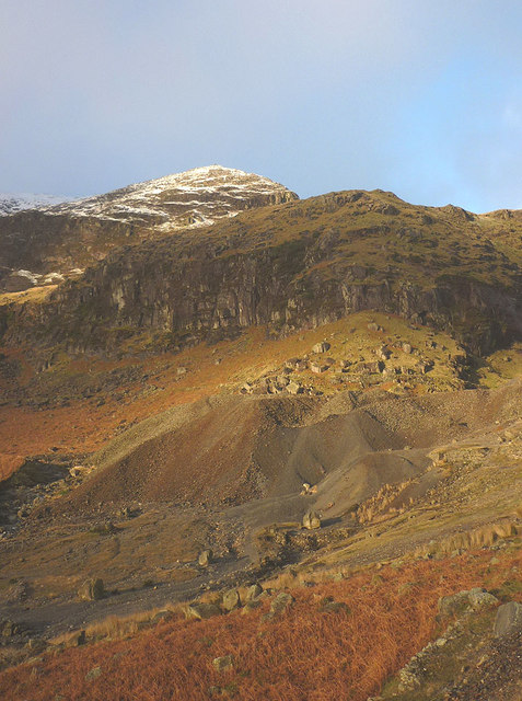 Spoil heaps at Paddy End