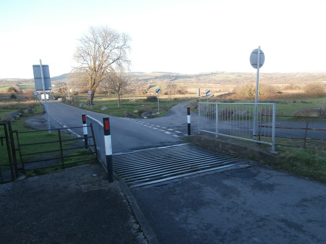 Cattle grid from Llantrisant on to Llantrisant Common
