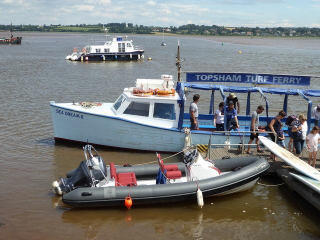 Ferry unloading at Turf Lock