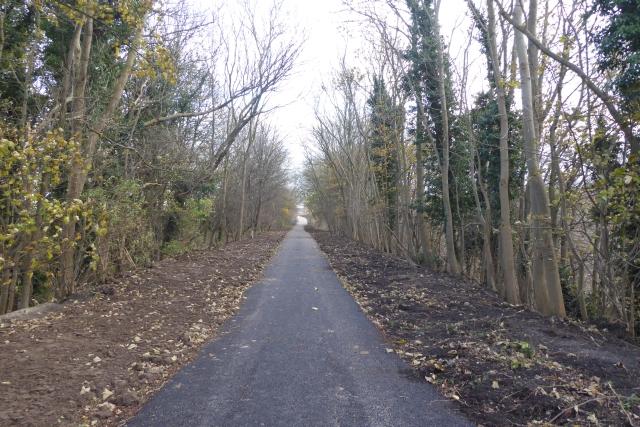 Path south of Wharfe Bridge