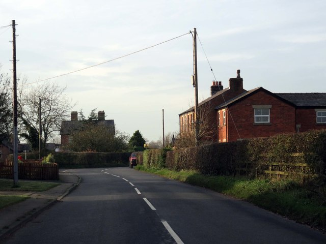 Preston Road in Woodsfold