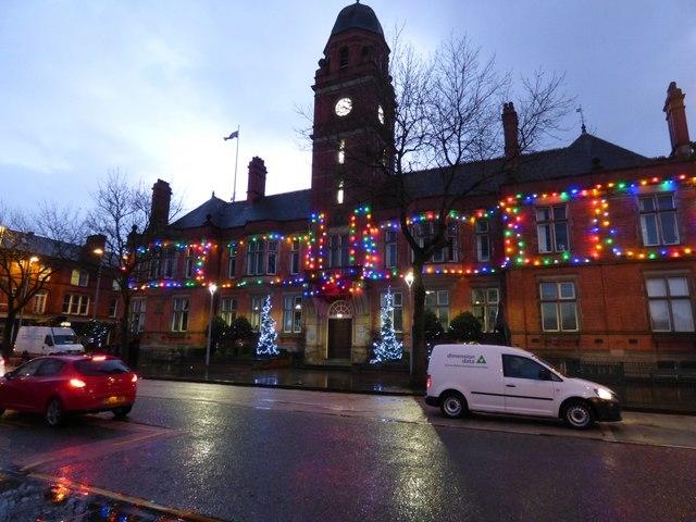 Hyde Town Hall Christmas Lights  2017