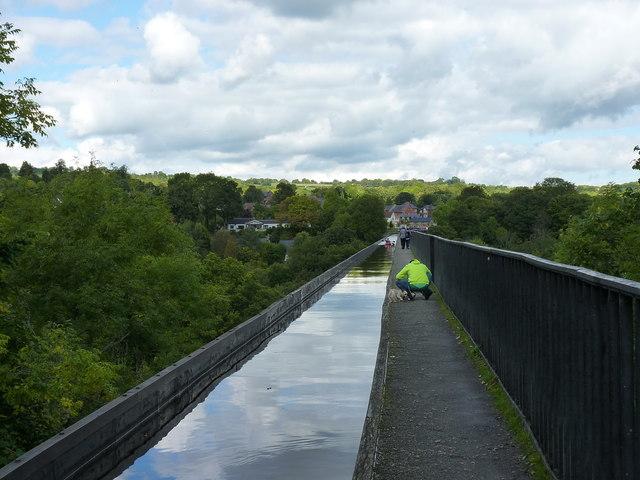 On the Pontcysyllte Aqueduct