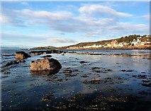 NS2055 : Knox's Rocks - Fairlie by Raibeart MacAoidh