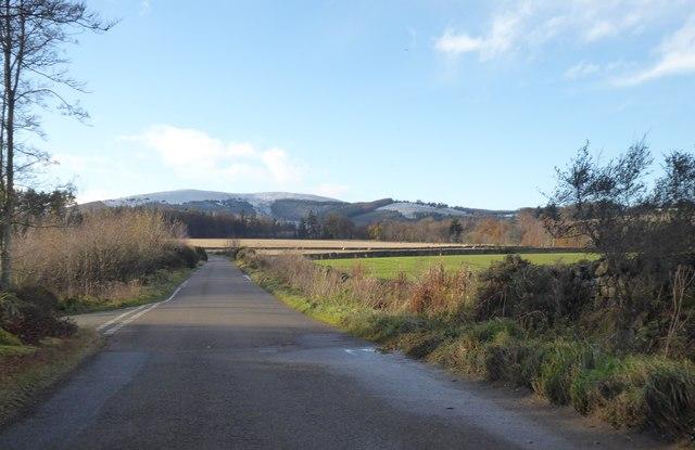 Minor road to Ordhead