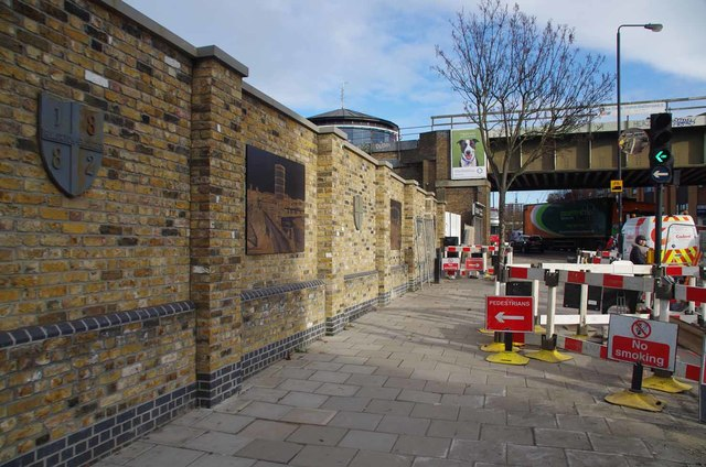Art Wall In Prince of Wales Drive