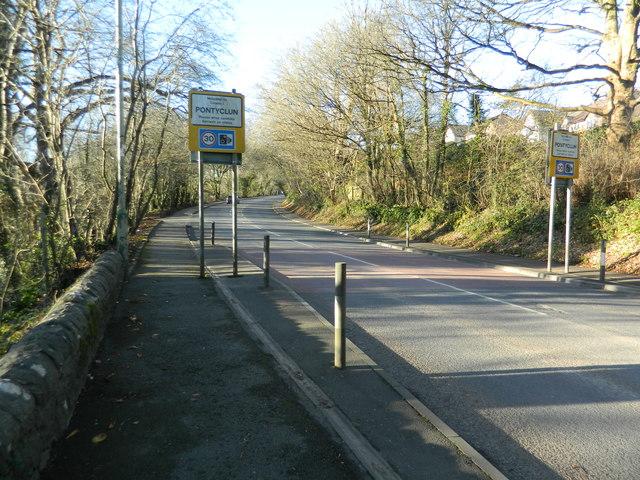 Approaching Pontyclun on the B4264