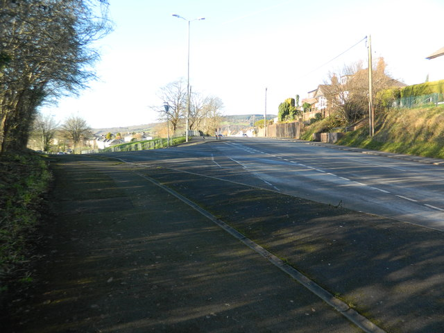Fork in the road, Pontyclun