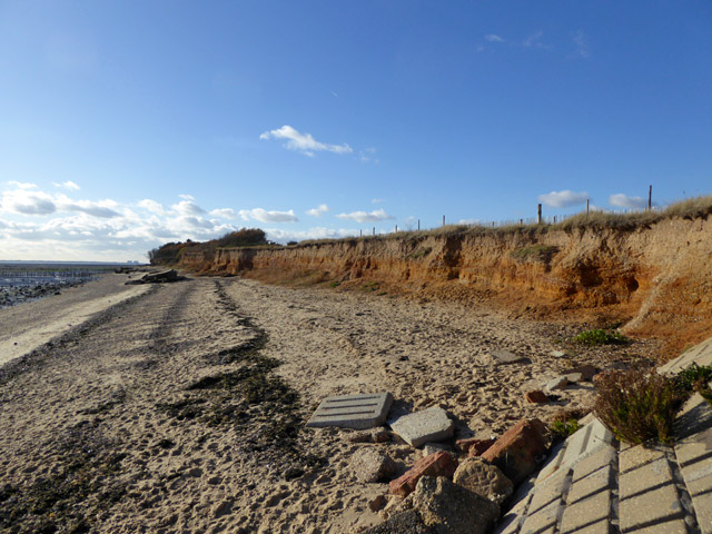 Low eroding cliff, East Mersea