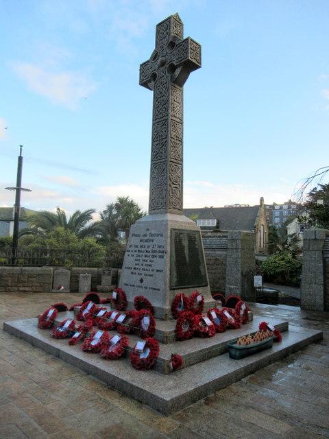 St Ives War Memorial November 2017