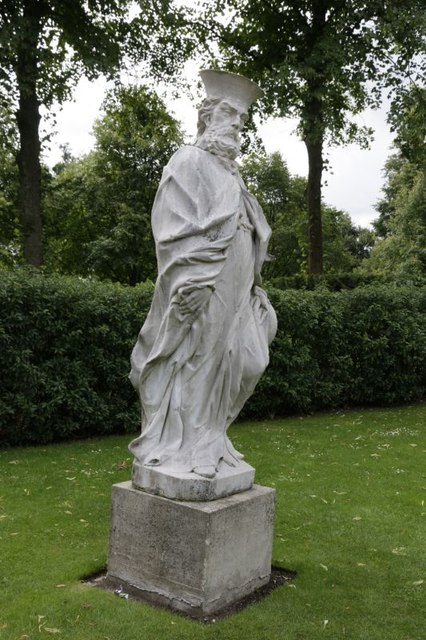 Statue at Cliveden