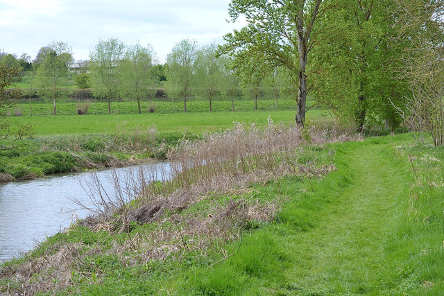 Open riverbank, Newbold Comyn Park, Leamington
