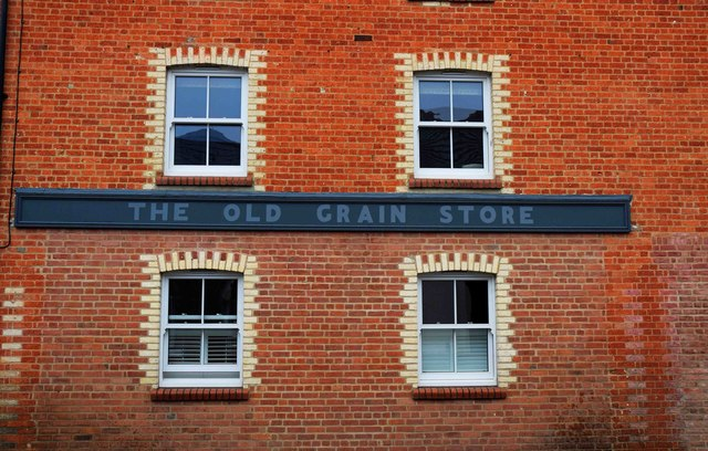 The Old Grain Store (2) - detail, 46a North Street, Thame, Oxon