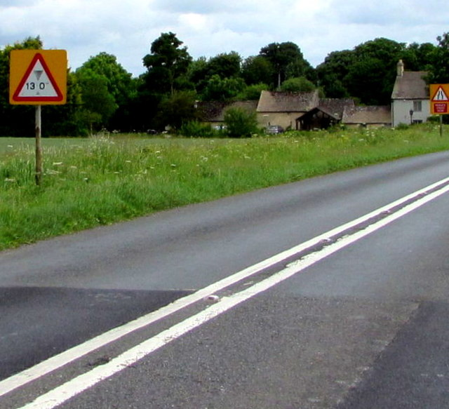 Warning of a low bridge ahead on the A433 towards Cirencester