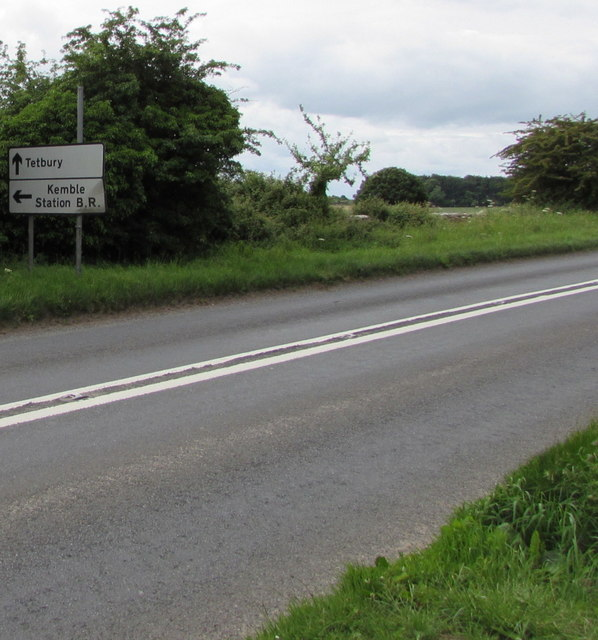 Kemble and Tetbury directions sign facing the A433 from Cirencester