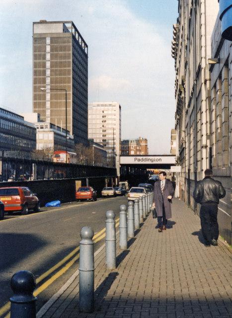 Paddington station, entrance off Eastbourne Terrace, 1995