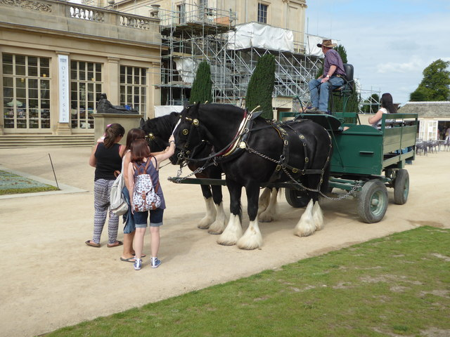 Chatsworth House - two horsepower vehicle
