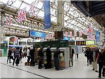TQ2879 : Victoria railway station by Thomas Nugent