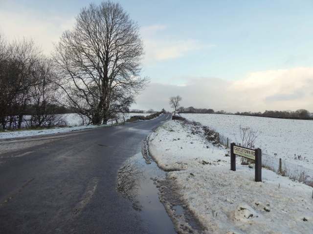 Snow along Castletown Road