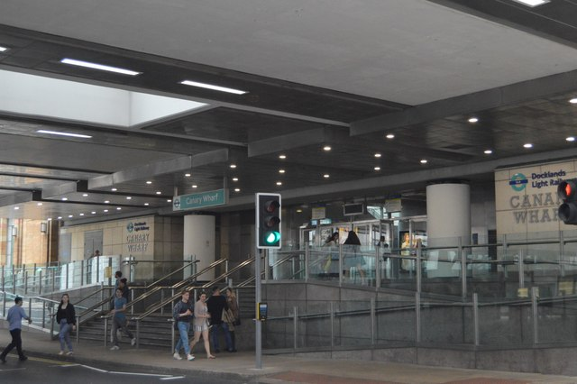 Canary Wharf DLR Station