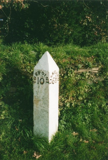 Old Milepost by the A374, Trerulefoot