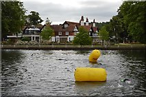 SU8485 : Rounding a buoy by N Chadwick