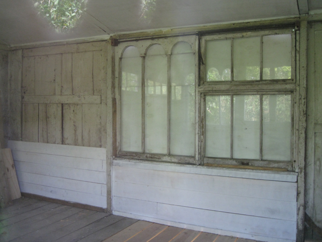 Summerhouse with a past – interior